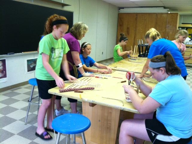 Basket Weaving For Elementary Students : Summer school enrichment class has kids basket weaving